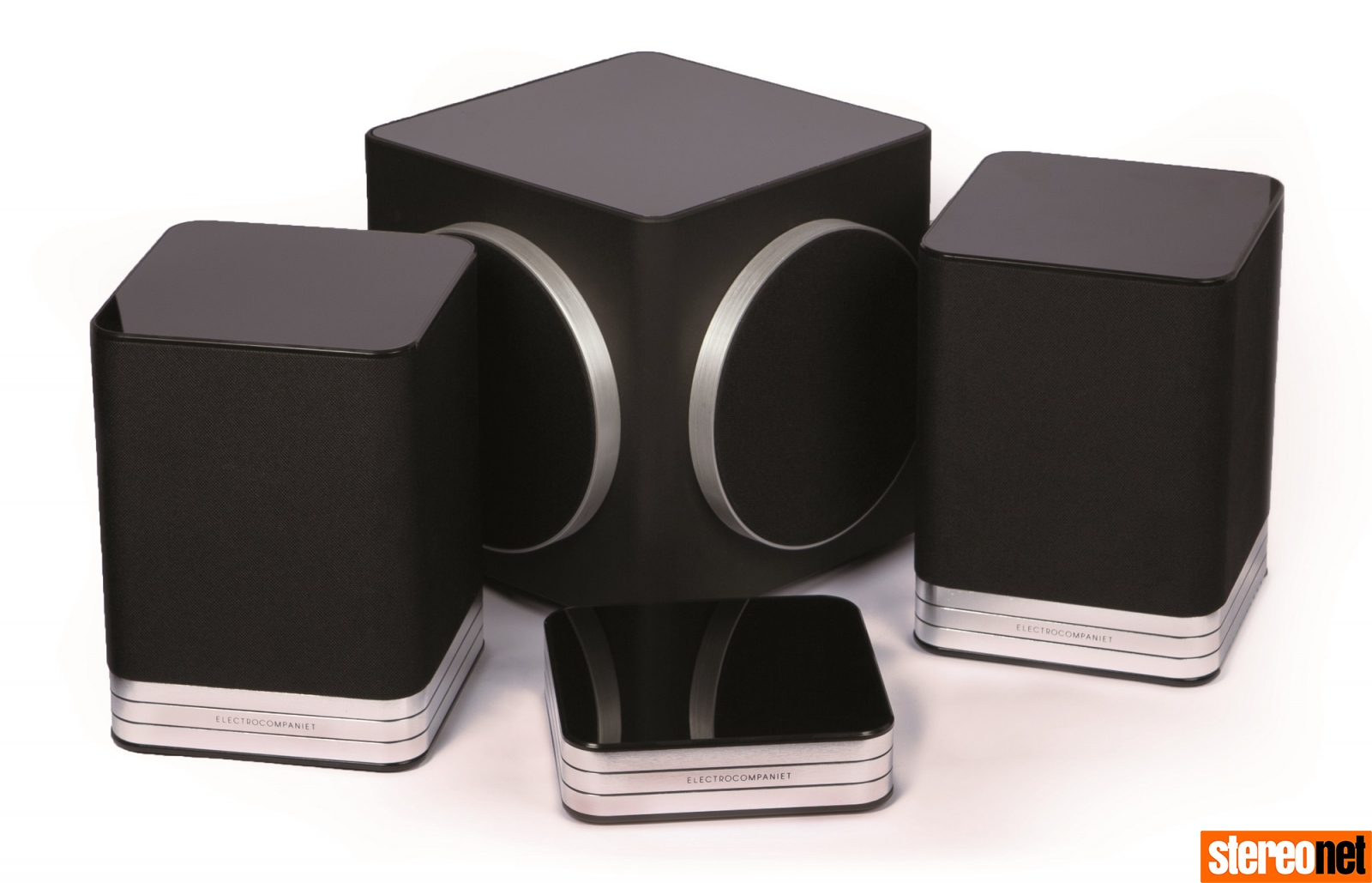 Electrocompaniet Tana 2 wirelesss streaming speaker