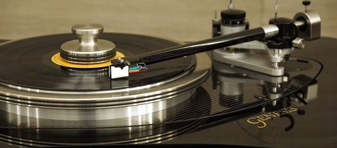 GENESIS ADVANCED TECHNOLOGIES DEBUTS VPI-PARTNERED TURNTABLE