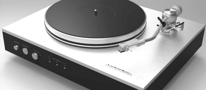 LUXMAN PD-151 BELT-DRIVE TURNTABLE MORE ATTAINABLE