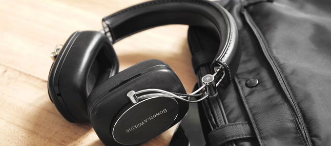 Bowers & Wilkins cuts the cable on P7 Headphones