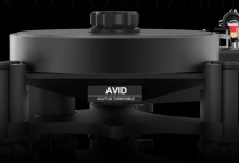 AVID HIFI GOES DARK WITH ACUTUS LIMITED EDITION TURNTABLE