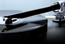 THE WAND TONEARM WAVES ITS MAGIC IN THE UK
