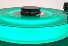 Review: Mcintosh Mt5 Turntable - Green Lit And Clearly Blue