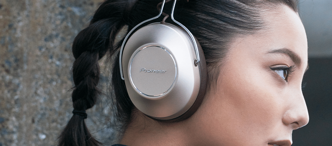 PIONEER S9 WIRELESS HI-RES RETRO MODERN STYLE HEADPHONES RELEASED
