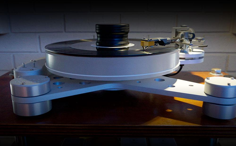 SOULINES KUBRICK DCX TURNTABLE NOW AVAILABLE IN UK