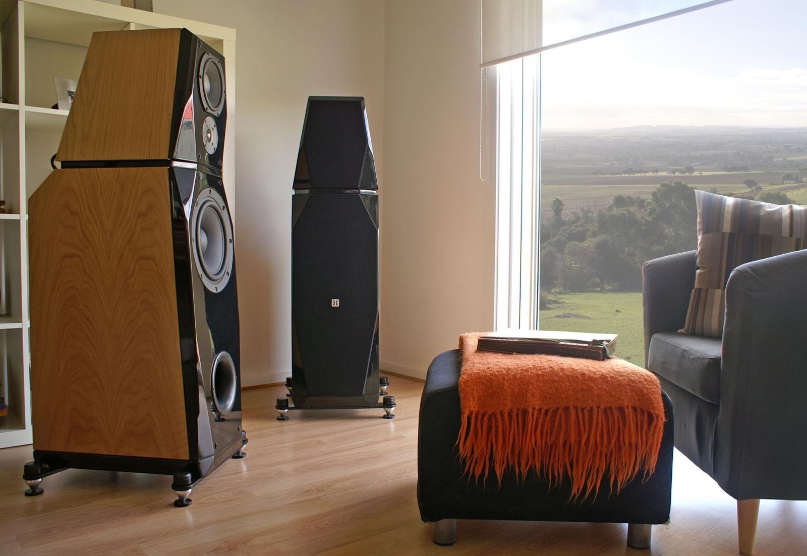 Hulgich Audio Astor