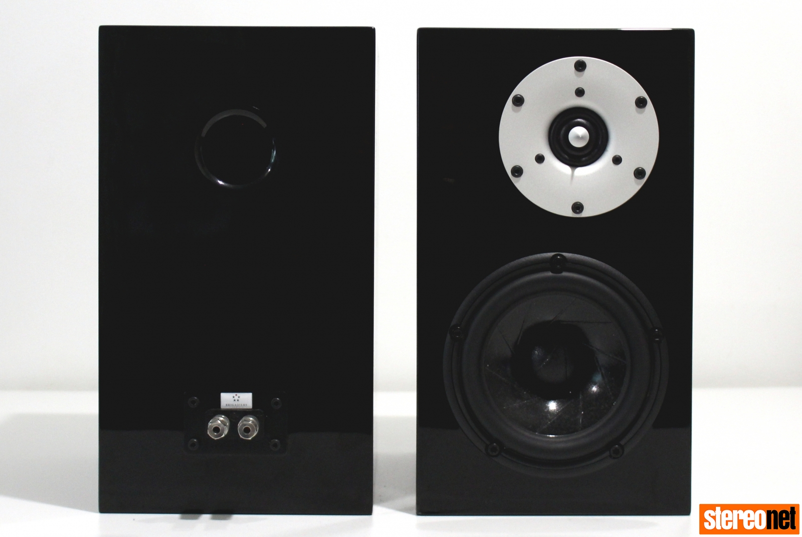 brigadiers audio one audio mu2 speakers front and rear