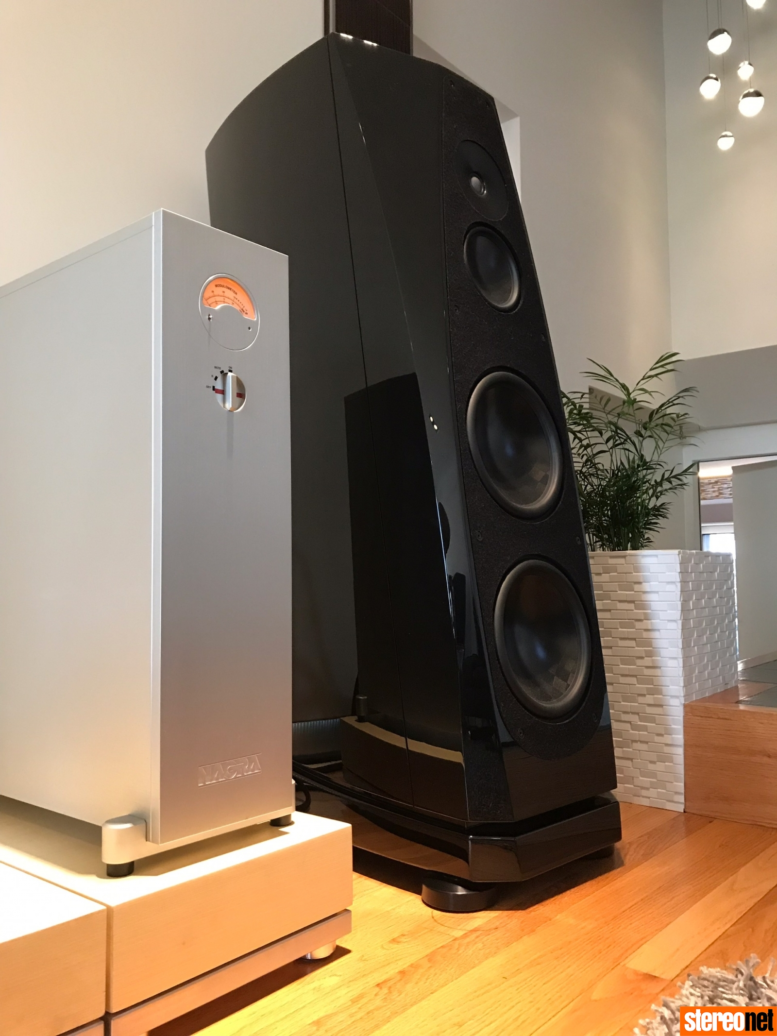 Nagra HD AMP 2020